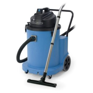Wet only vacuum cleaners